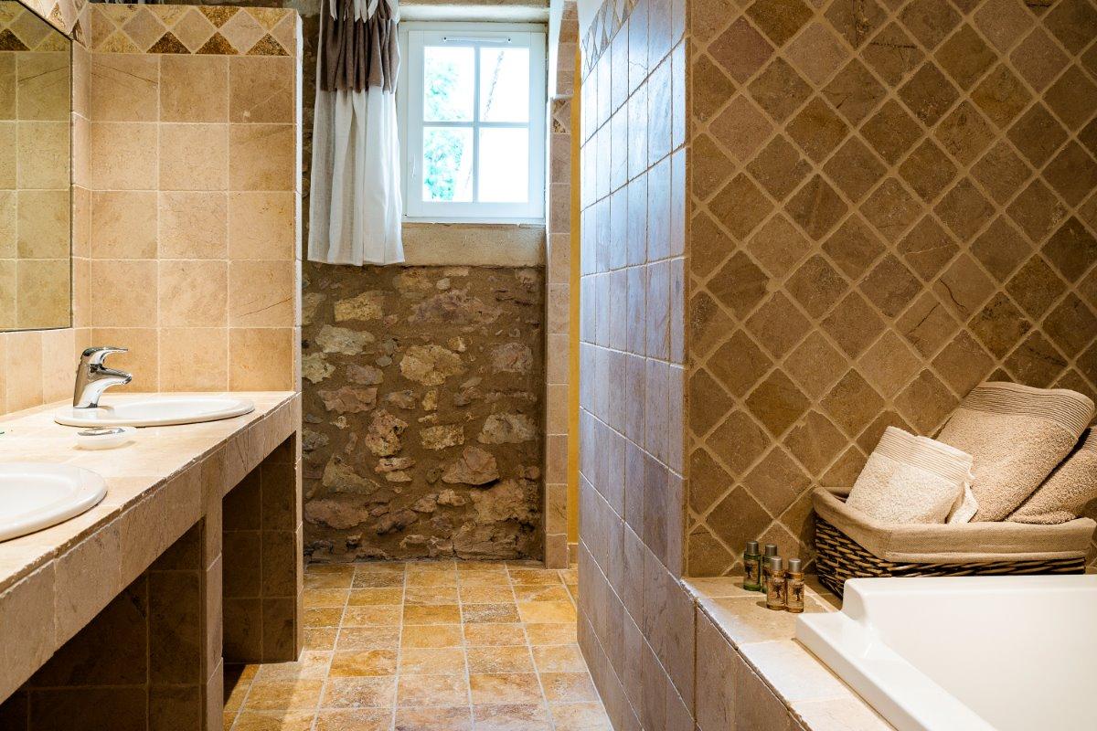 La salle de bain - Chambre d'hôtes - Damiatte