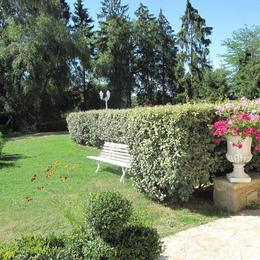 Coté jardin - Location de vacances - Le Ségur