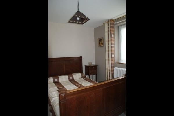 Chambre avec 1 lit en 140 - Location de vacances - Ronel