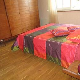 Chambre  - Puygouzon - Tarn - - Location de vacances - Puygouzon