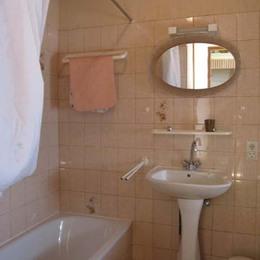 salle de bain - Senouillac - Tarn - Location de vacances - Senouillac