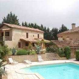 Piscine et paysage  - Cadalen - Tarn - Location de vacances - Cadalen