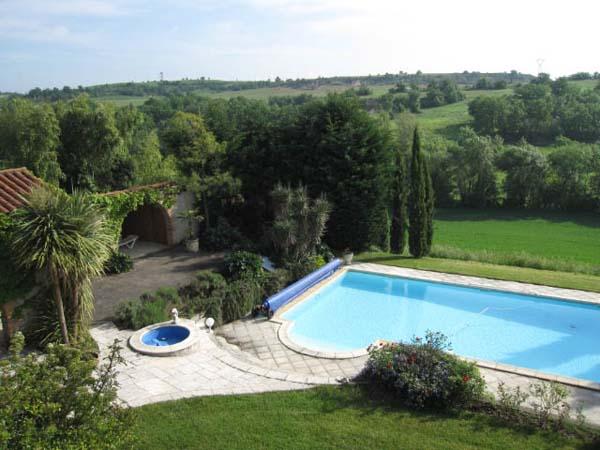Jardin et piscine  - Castelnau-de-lévis - Tarn - Location de vacances - Castelnau-de-Lévis