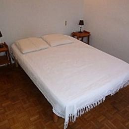 chambre 1 avec lit en 160  - Vielmur sur Agout - Tarn - - Location de vacances - Vielmur-sur-Agout