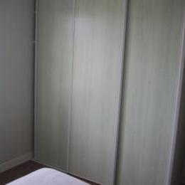 Placards à portes coulissantes dans chaque chambre  - Vielmur sur Agout - Tarn - - Location de vacances - Vielmur-sur-Agout