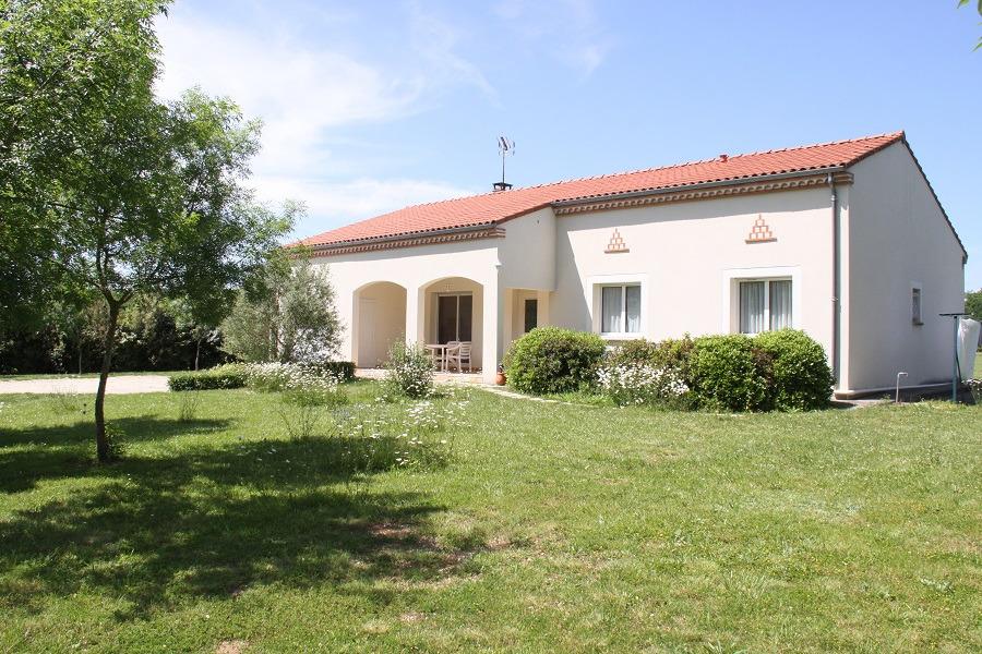 Gîte à - Sainte-Croix - Tarn - près d'Albi - Location de vacances - Sainte-Croix