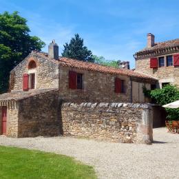 le pigeonnier de la propriété  - Location de vacances - Vindrac-Alayrac