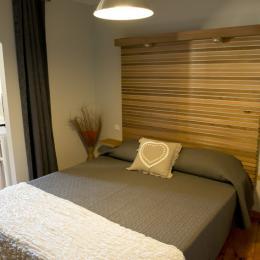 Chambre lit 160 - Albi - Tarn - Location de vacances - Albi