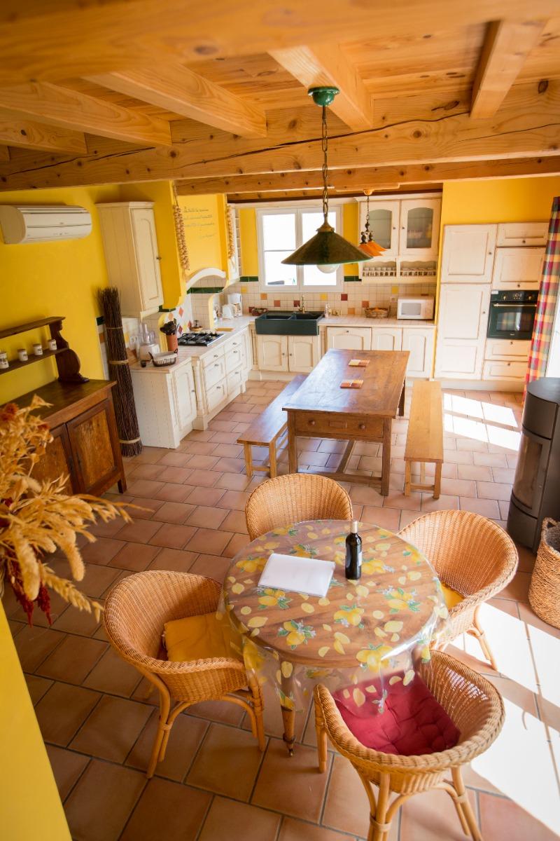 Pièce à vivre - Séjour Cuisine Salon - Location de vacances - Gaillac