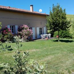 Jardin et façade sud-est - Location de vacances - Gaillac