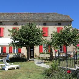 piscine - Location de vacances - Sérénac