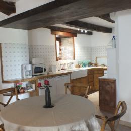 location gite-Penne-Tarn-cuisine RDC - Location de vacances - Penne