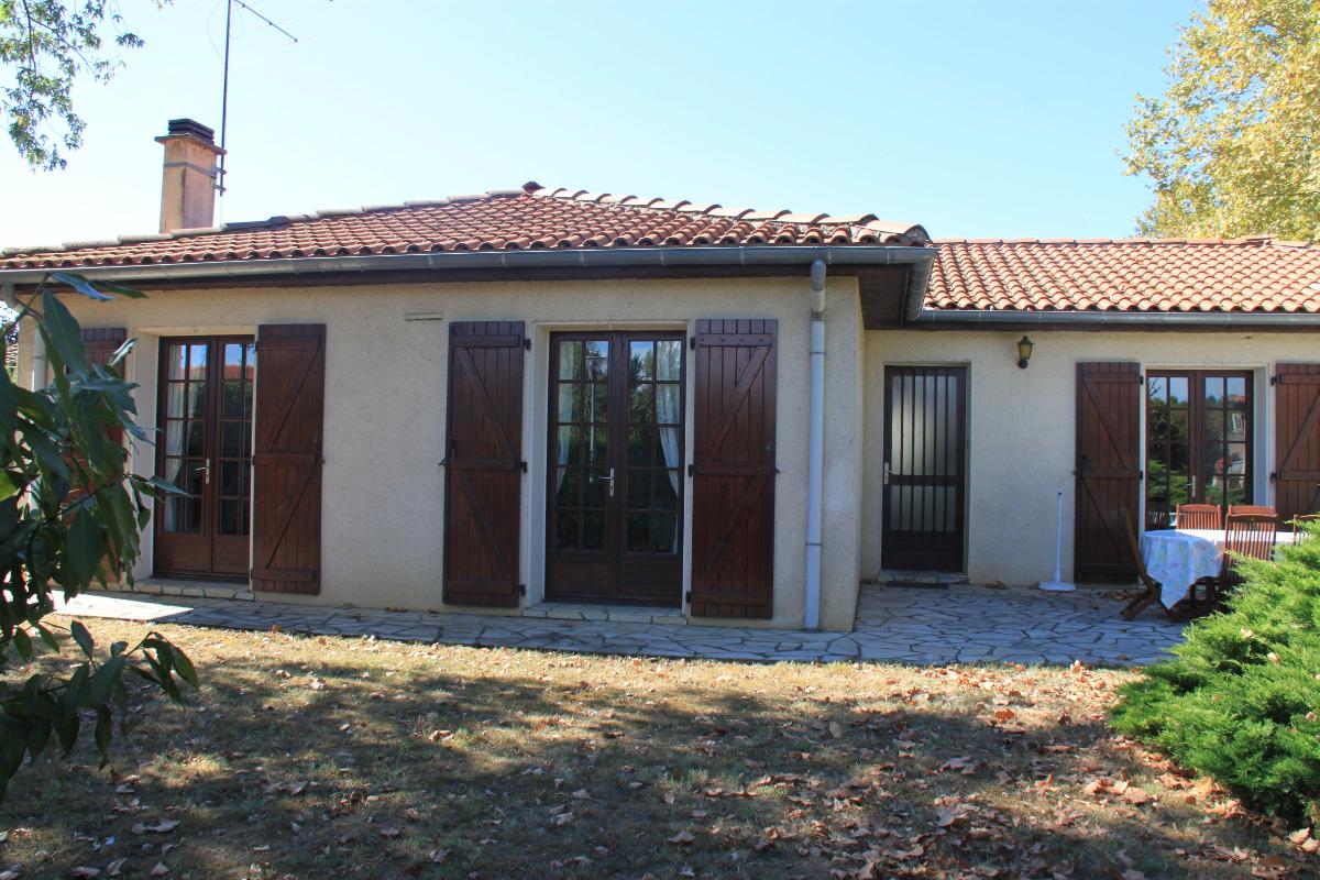 Maison à Lisle sur tarn façade principale 2 - Location de vacances - Lisle-sur-Tarn