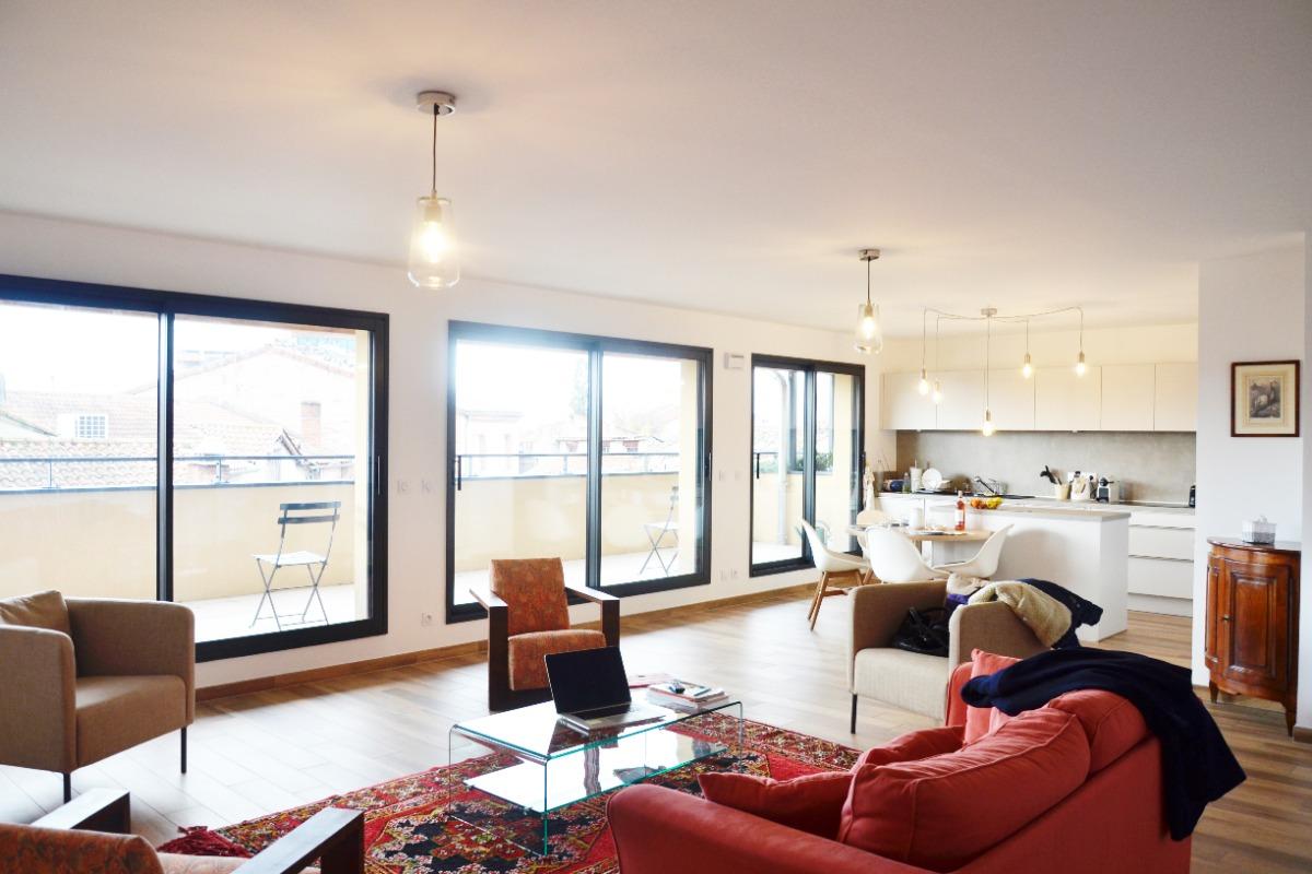 cuisine intégrée ouverte sur le grand salon ALBI - Location de vacances - Albi