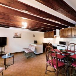 Gîte Les Mesanges à Saïx près de Castres dans le Tarn en région occitanie : Entrée - Location de vacances - Saïx