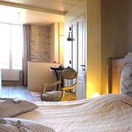 Chambre double ancienne Sœur Noëlle - Le Couvent de Neuviale 82160 Parisot - Chambre d'hôtes - Parisot