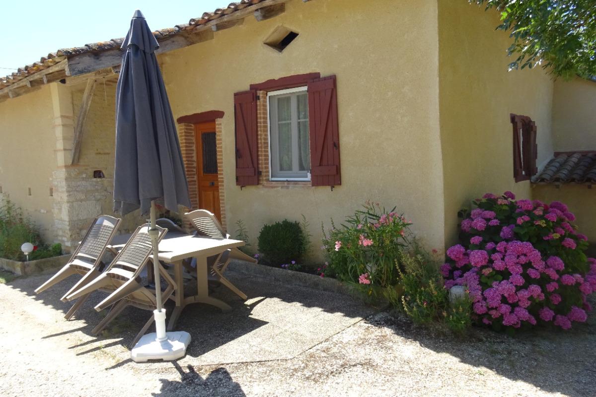 Terrasse non couverte - Location de vacances - Auty