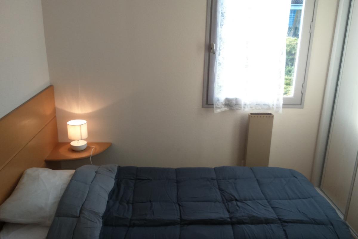 Chambre 2 lits 90 - Location de vacances - Montpezat-de-Quercy