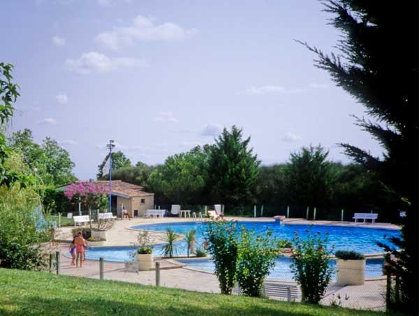 Espace piscine - Location de vacances - Montpezat-de-Quercy