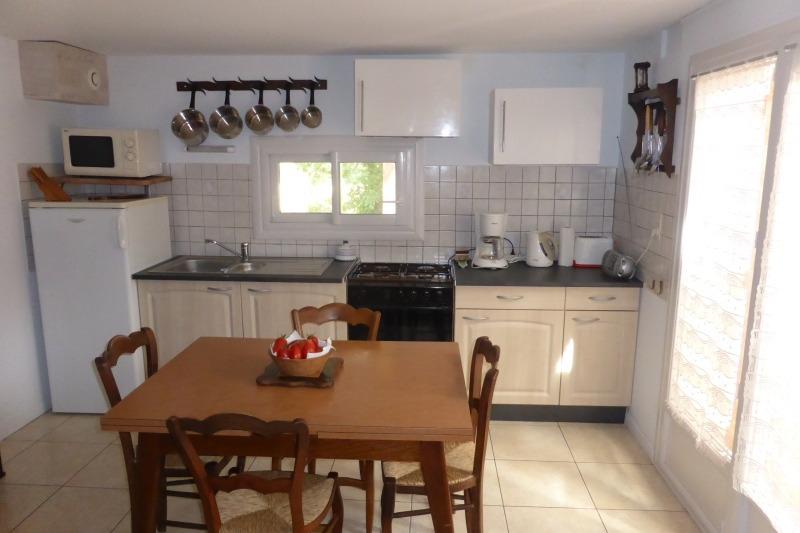 Gîte côté cuisine  - Location de vacances - Caussade