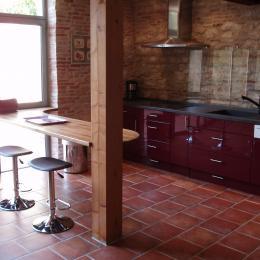 Cuisine ouverte - Location de vacances - Beaumont-de-Lomagne