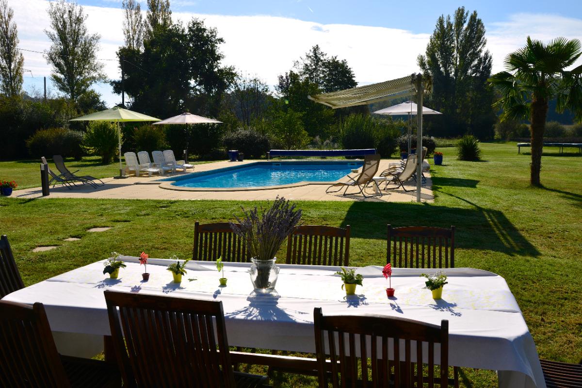 Gîte Tom au sein des Gîtes Grand Pré ! à Roquecor - Quercy Sud Ouest - Région Occitanie - Location de vacances - Roquecor