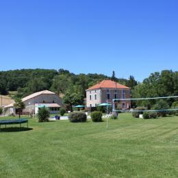 la grande Piscine des gîtes Grand Pré !  - Location de vacances - Roquecor