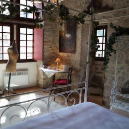 Suite Valouan - Chambre d'hôtes - Saint-Antonin-Noble-Val