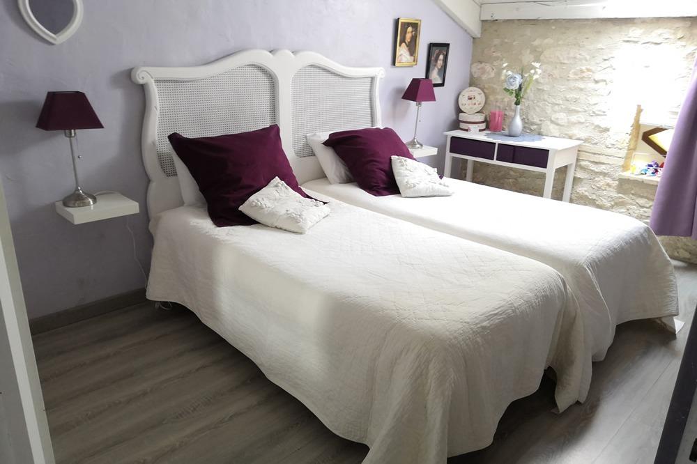 Une belle chambre,calme, intime, reposante... - Chambre d'hôtes - Lauzerte