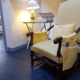 Un coin du salon - Chambre d'hôtes - Lauzerte