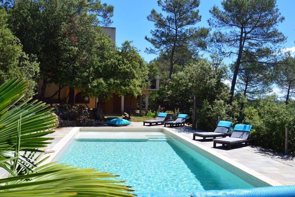 La Villa Asunda  Maisond DHtes Avec  Chambres Piscine Jacuzzi