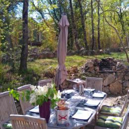 Etage : chambre 2 lits 1 pers  - Location de vacances - Mons
