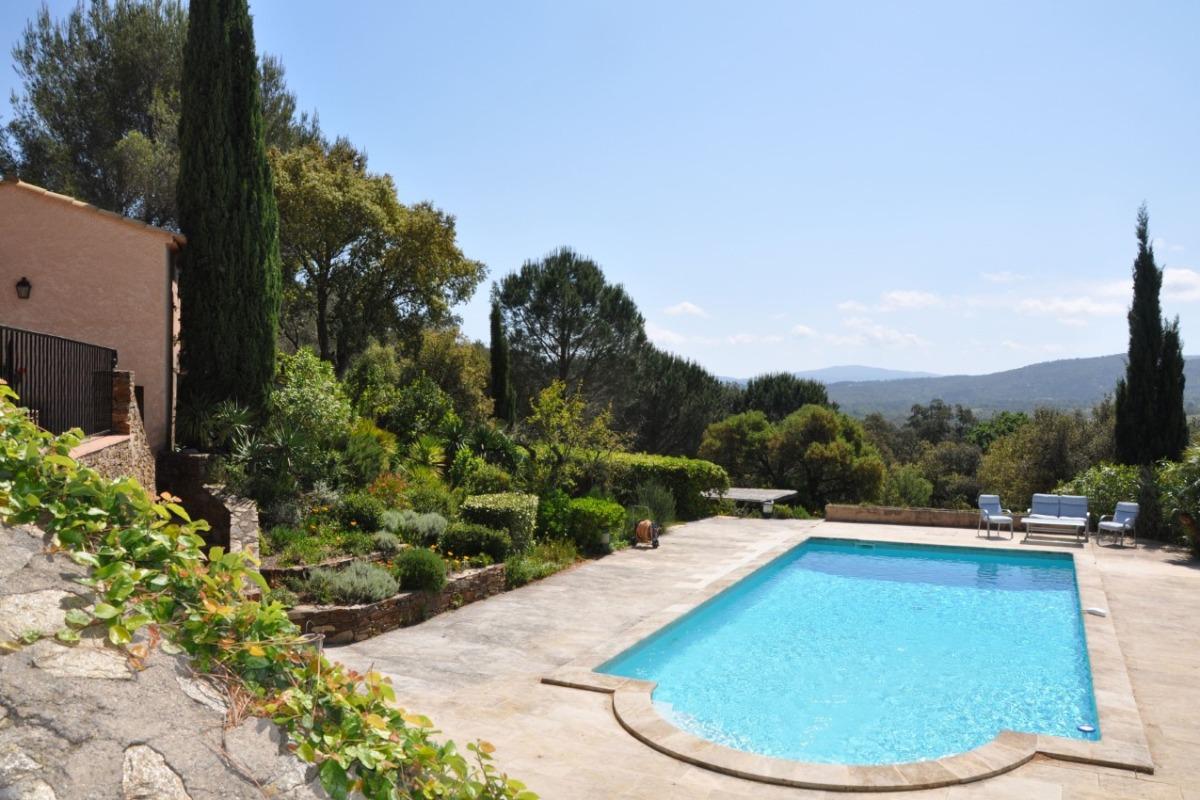 Vue de la Villa - Location de vacances - Cogolin