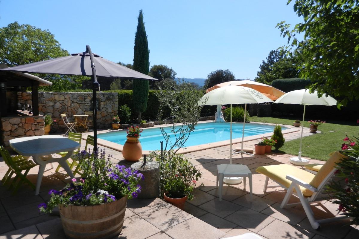 Authentique Villa Provencale 160 M2 6 Personnes Terrain Clos