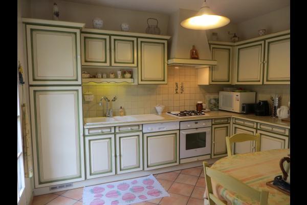 la cuisine - Location de vacances - Oppède