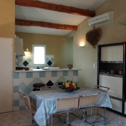 Salle à manger - Location de vacances - L'Isle-sur-la-Sorgue