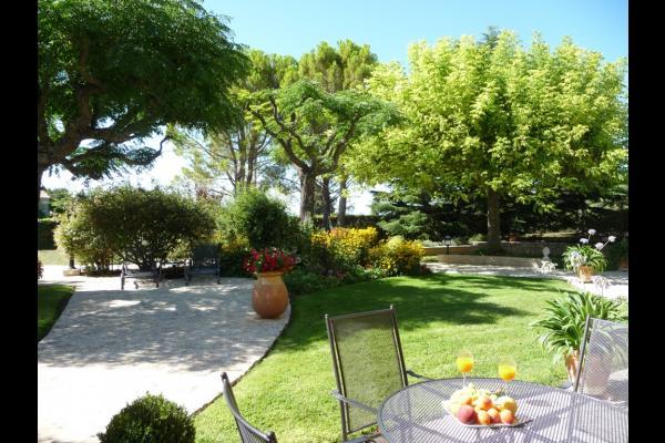 Jardin - Location de vacances - Crillon-le-Brave