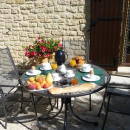 Bon appétit..... - Location de vacances - Crillon-le-Brave