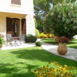Logement Chez Nous - Location de vacances - Crillon-le-Brave