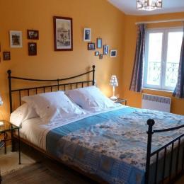 Chambre 1 - Location de vacances - Pernes-les-Fontaines