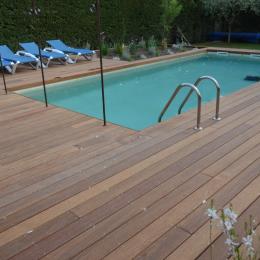 Piscine réchauffée au solaire et nage contre-courant - Location de vacances - L'Isle-sur-la-Sorgue