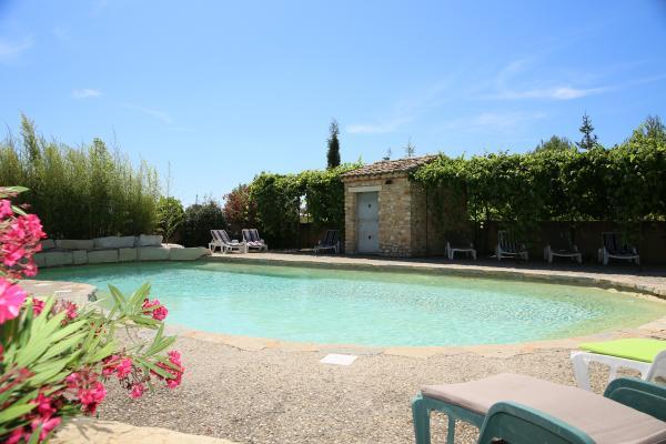 Bain de soleil autour de la piscine  - Location de vacances - Villedieu