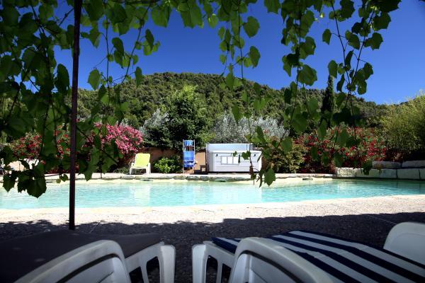 Détente sous la tonnelle - Location de vacances - Villedieu
