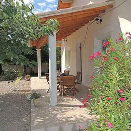 vue terrasse est - Location de vacances - Carpentras