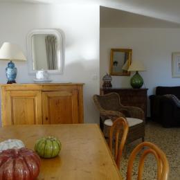 l'accès à la maison et fenetre chambre 1 - Location de vacances - Vaison-la-Romaine