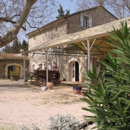 Beau Mas de Provence - Chambre d'hôtes - Châteauneuf-de-Gadagne