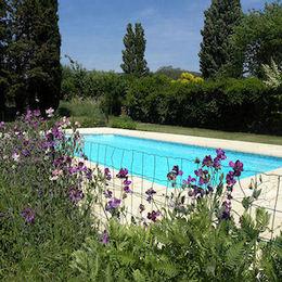 La piscine et ses plages. - Chambre d'hôtes - Lauris