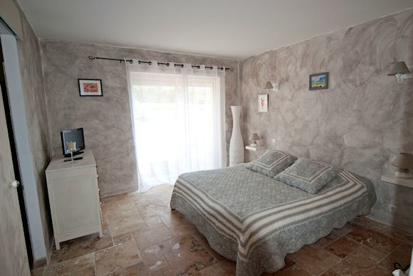 - Chambre d'hôtes - Puyvert