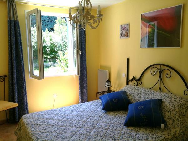 chambre - Location de vacances - Saint-Didier