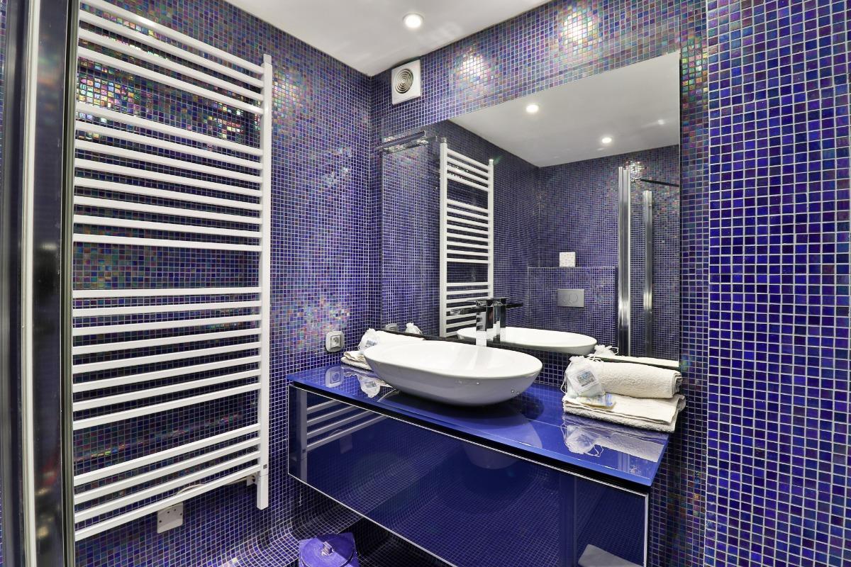 Salle de bains - Chambre d'hôtes - Lagnes